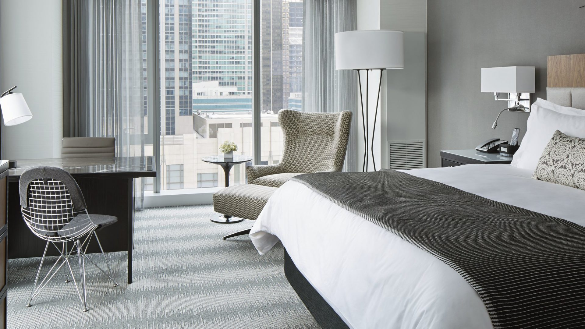 chicago downtown hotel luxury hotel in chicago