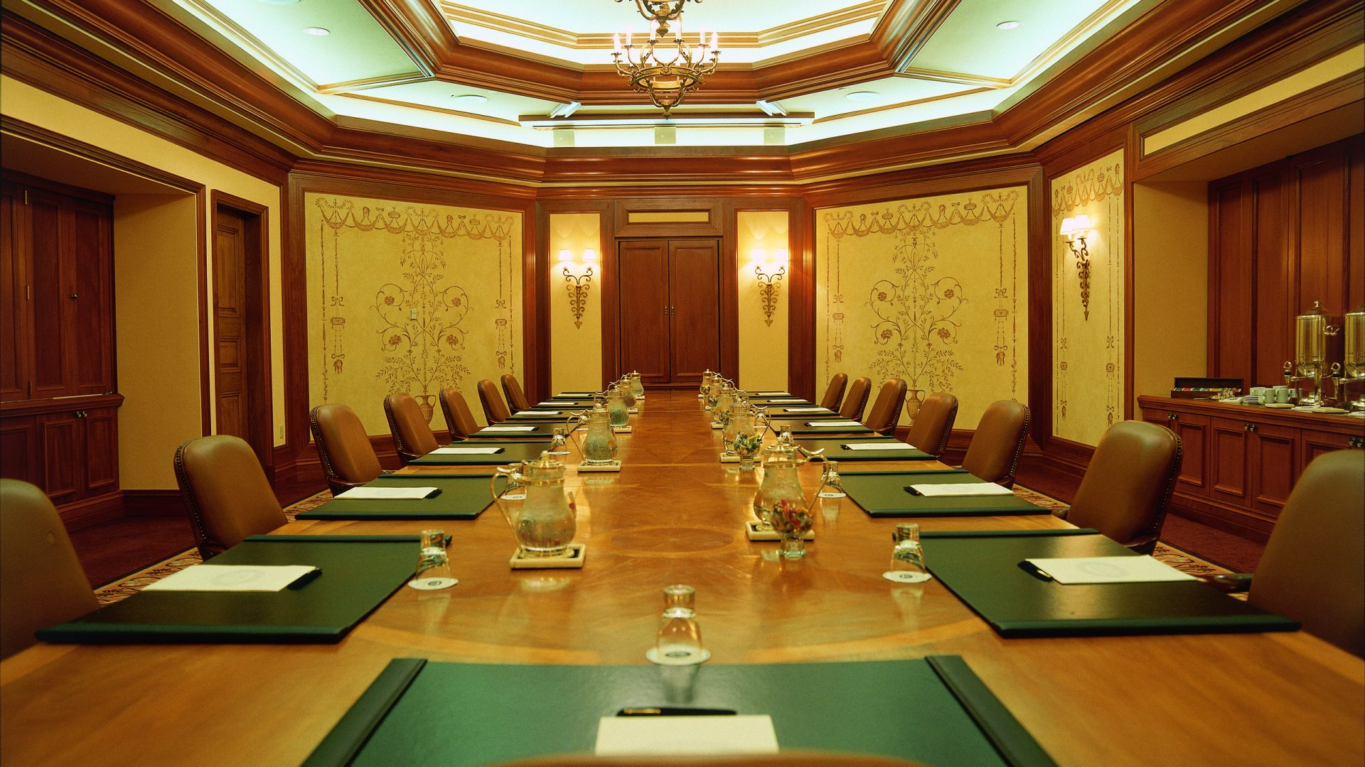 Restaurants With Meeting Rooms In Minneapolis