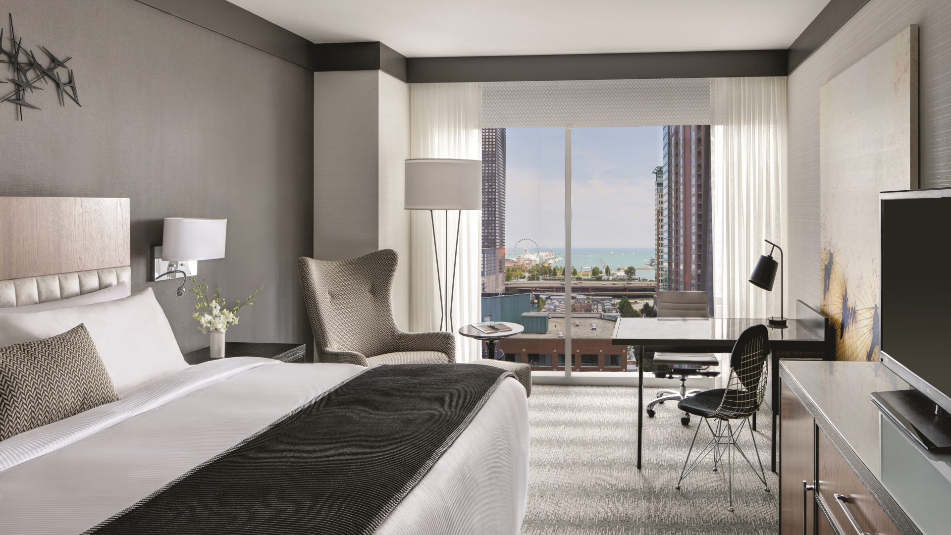 Chicago downtown hotel luxury hotel in chicago for Downtown chicago lodging