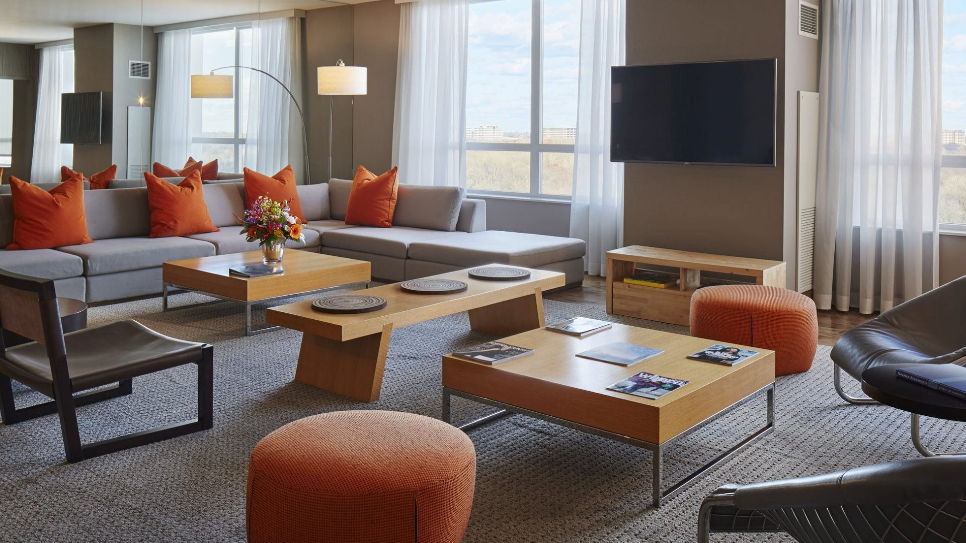 Presidential Suite Parlor | Loews Chicago O'Hare Hotel