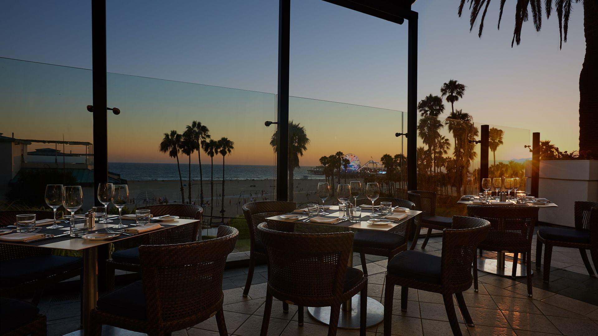 Santa Monica Beach Breakfast Restaurants