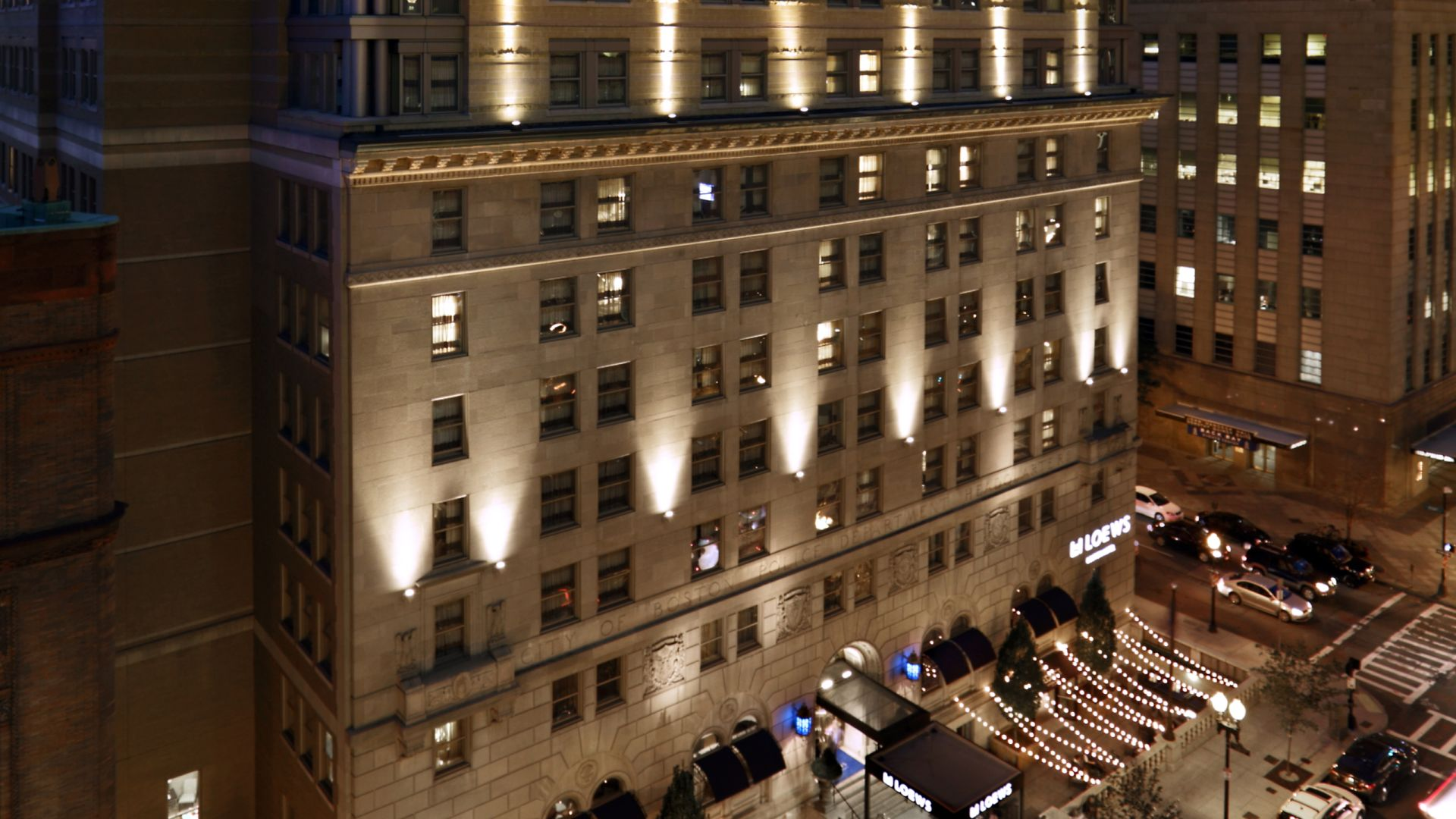 Extérieur de l'hôtel Loews de Boston la nuit