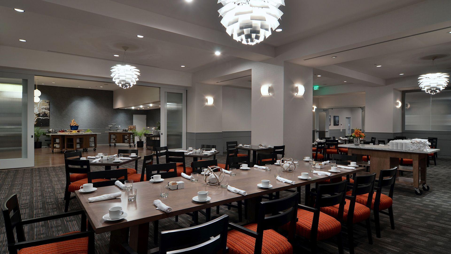 Organización de desayuno en Preston's | Loews Hollywood Hotel