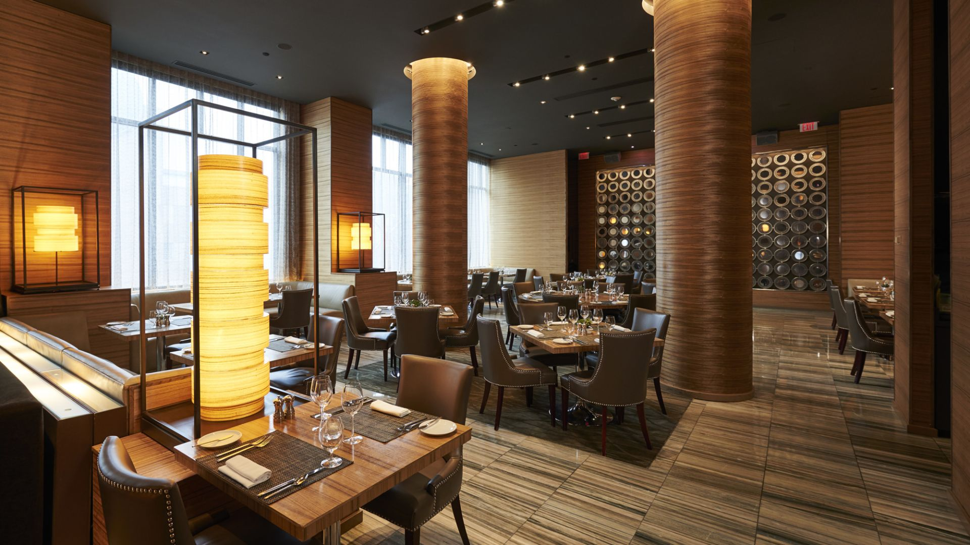 Cosmos Restaurant | Dining | Loews Minneapolis Hotel
