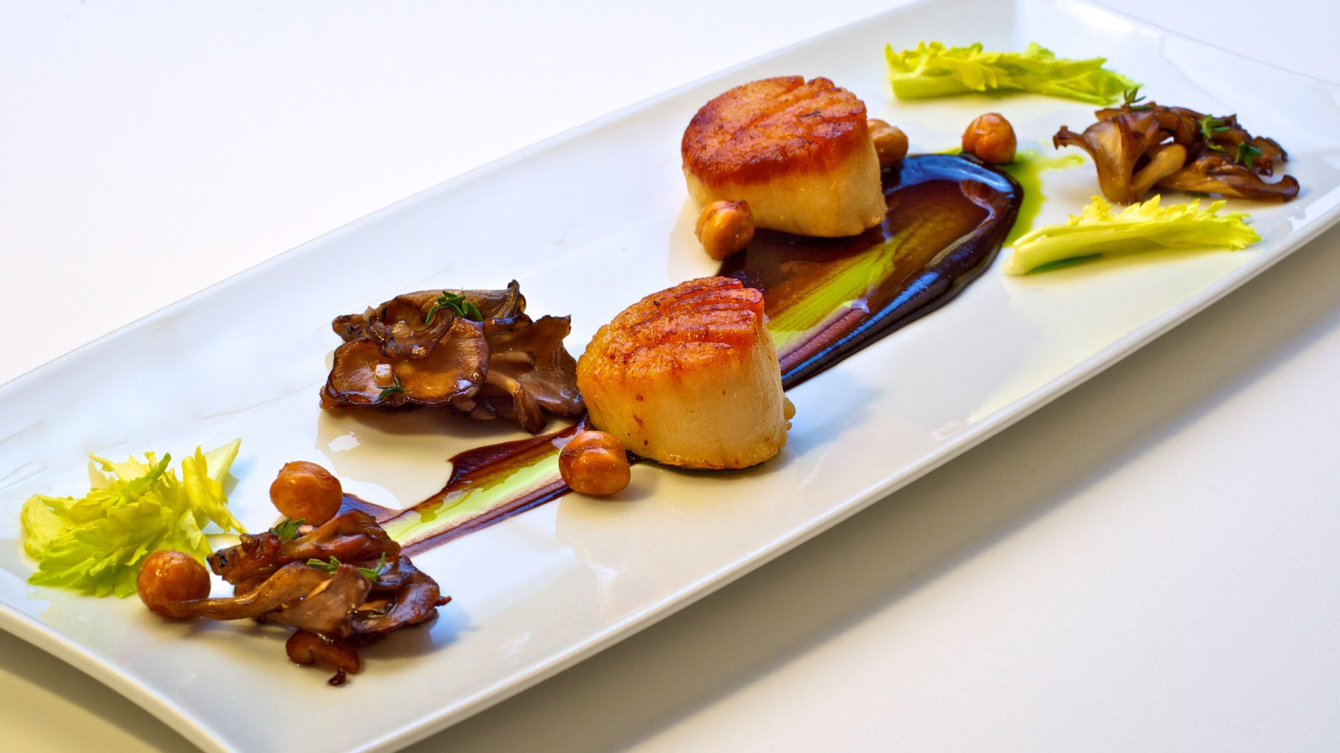 Cosmos Scallops | Dining | Loews Minneapolis Hotel