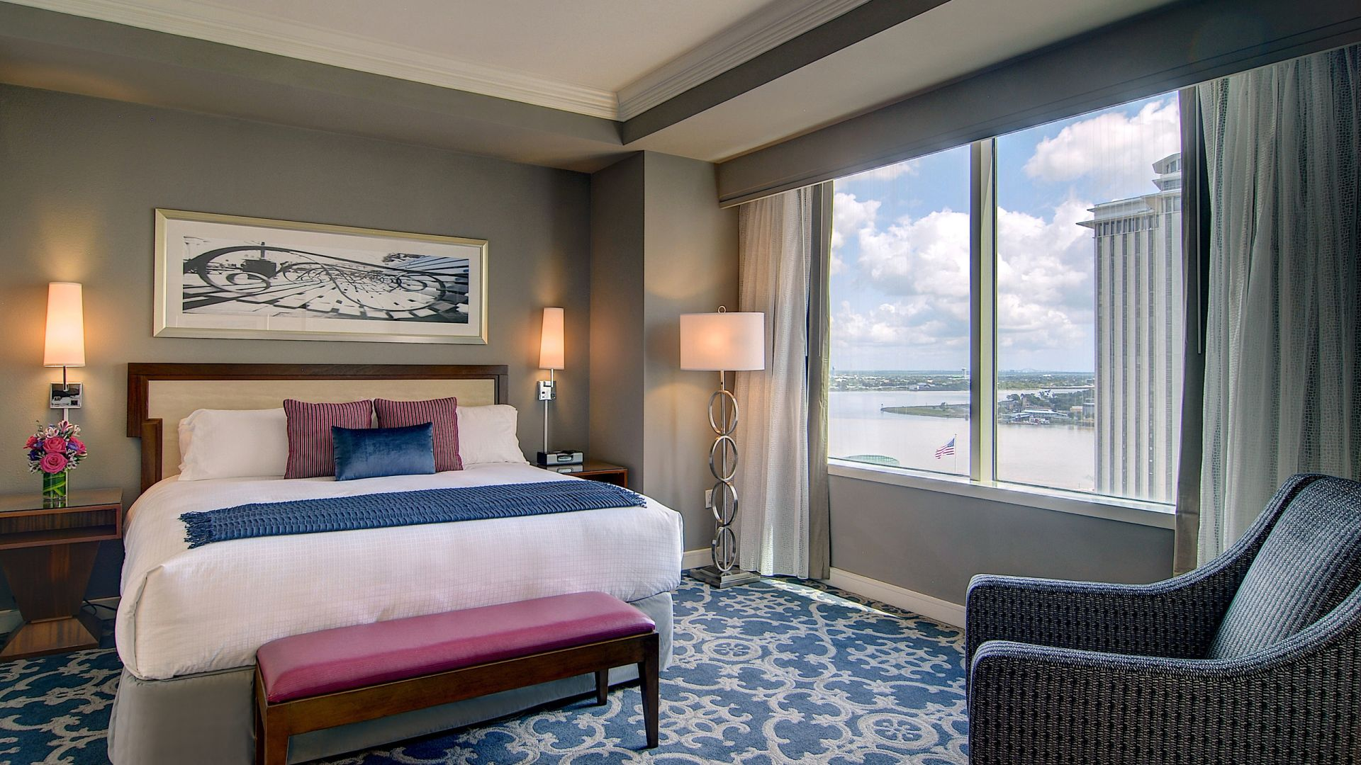 Suite king elegante | Loews New Orleans Hotel