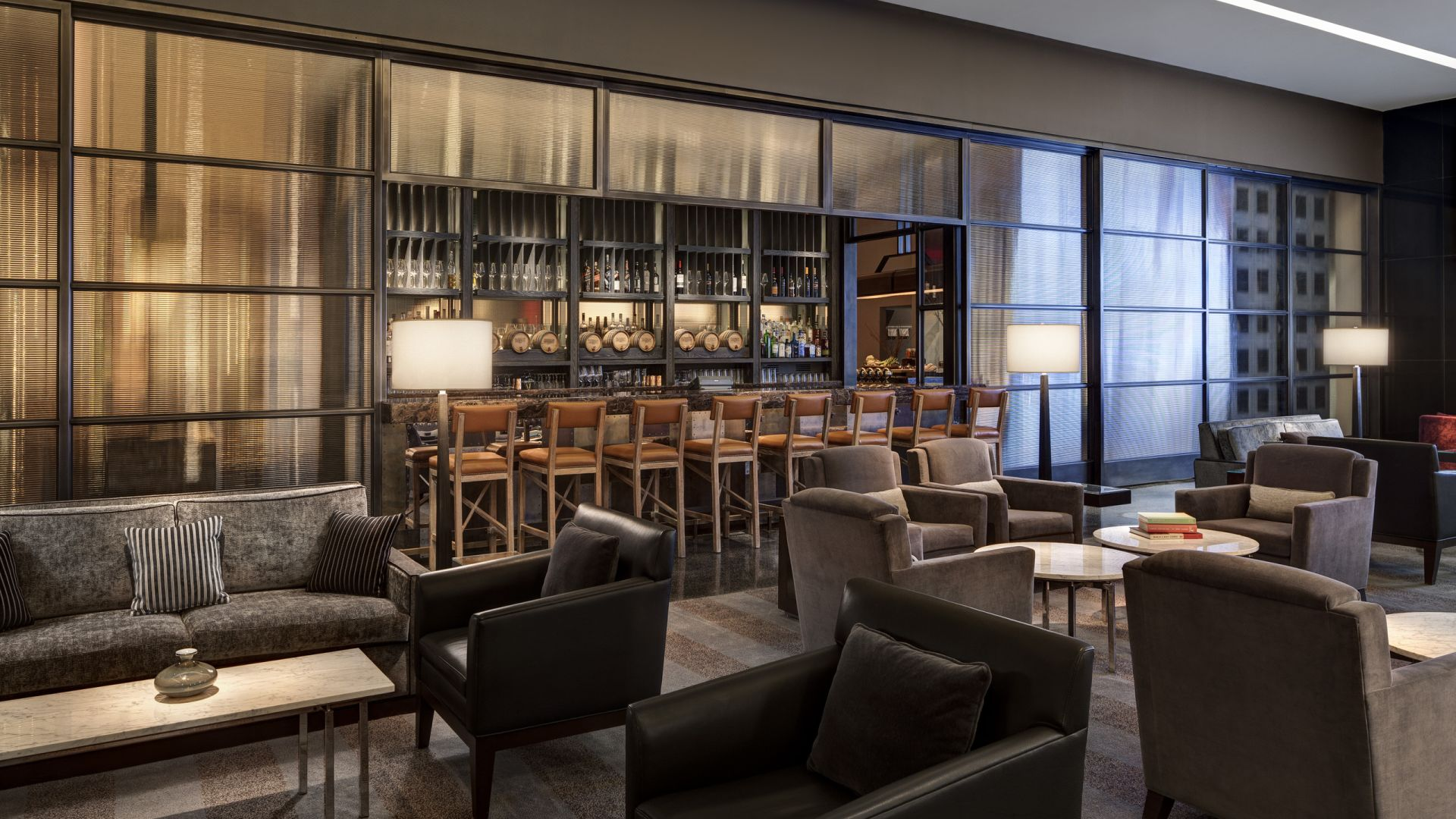 Lobby Lounge & Bar | Loews Philadelphia Hotel