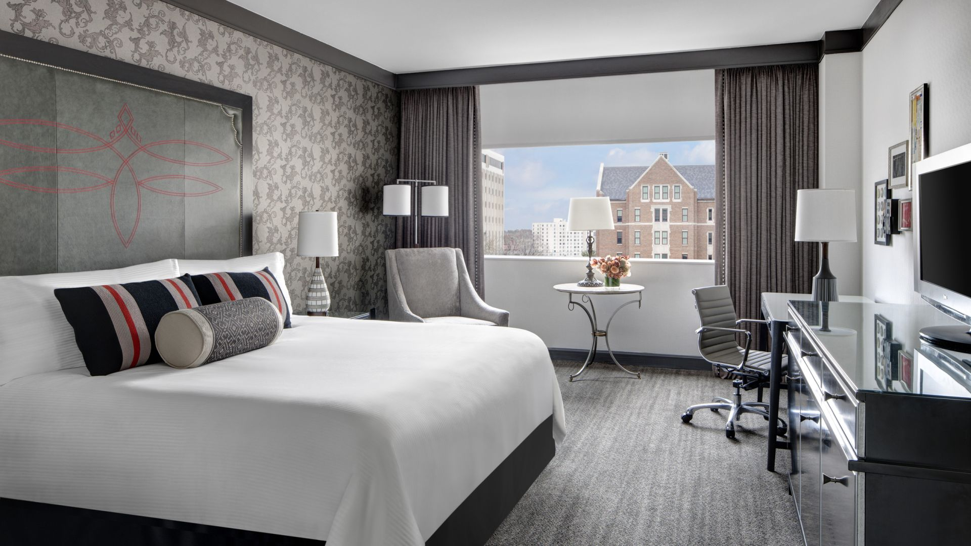 Hotel Rooms In Nashville | Loews Vanderbilt Hotel