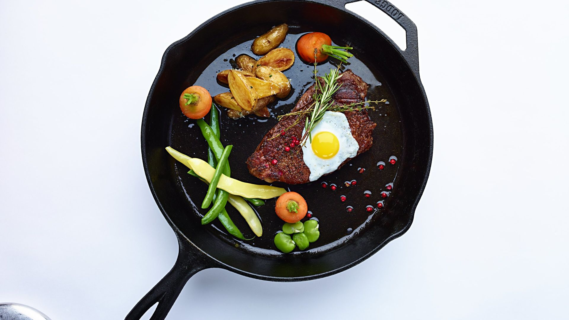 Filete y huevos a la sartén | Catering de comidas y bebidas | Loews Hotels & Resorts