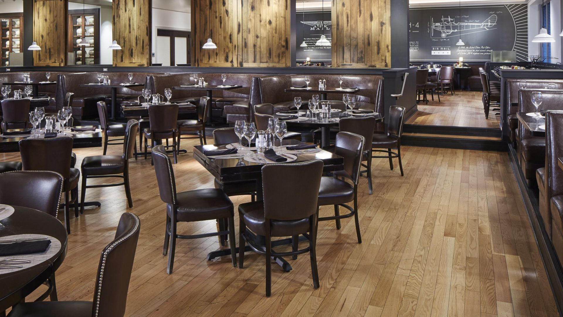 The Ashburn Main Dining Area | Loews Chicago O'Hare Hotel