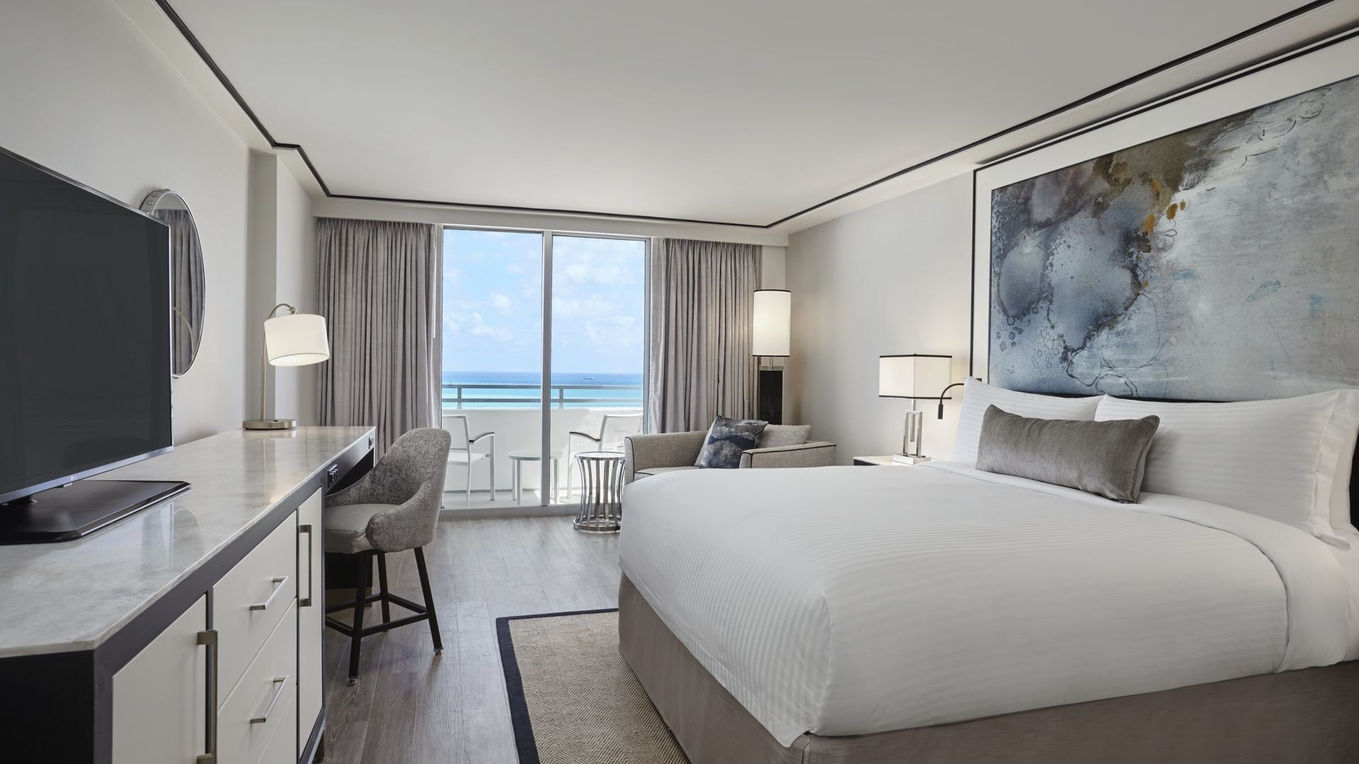 King de frente para o mar com varanda | Loews Miami Beach Hotel