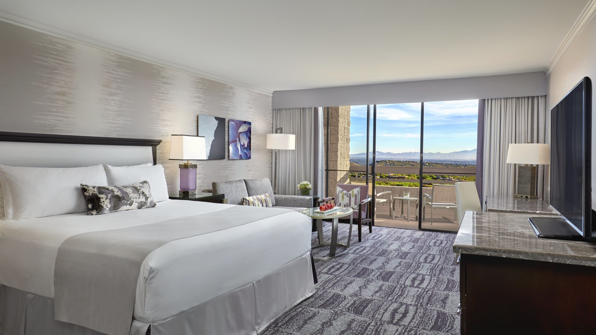 King Guestroom | Loews Ventana Canyon Resort