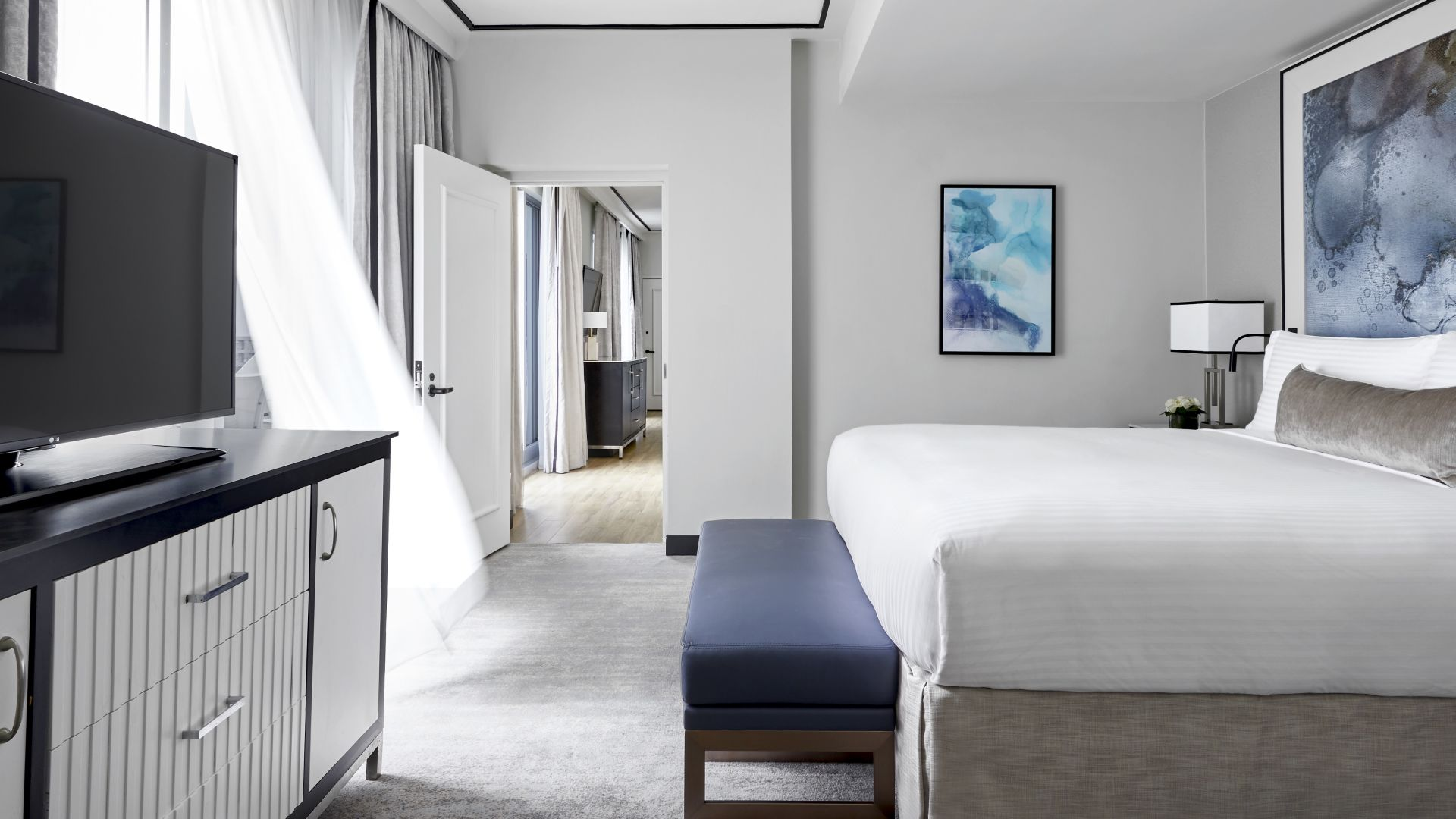 Loews Miami Beach Hotel | Guestroom