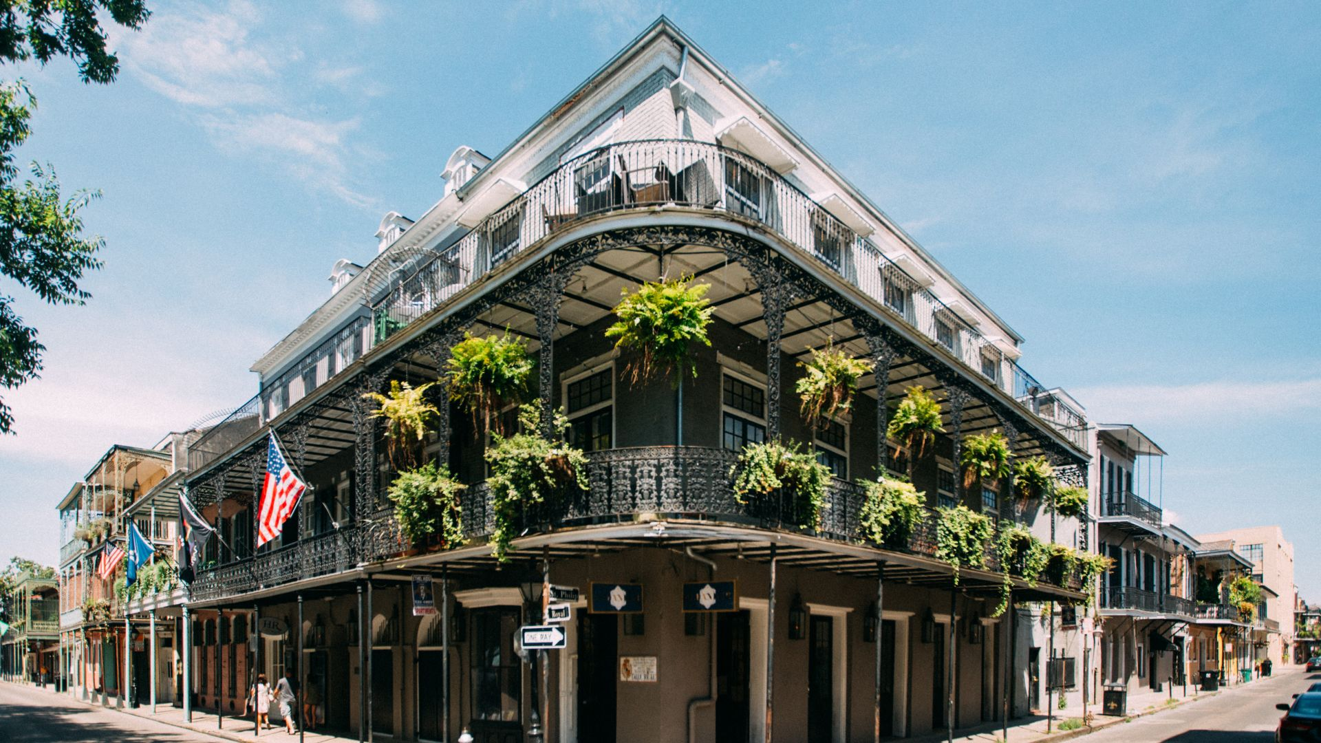 | Stay Longer + Save 15% | Extend your escape in the Big Easy with 15% off at Loews | Réserver