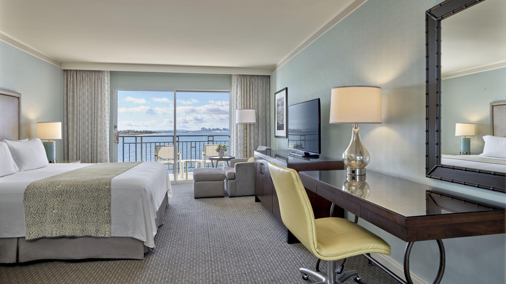 Habitación con vista a la bahía y cama king