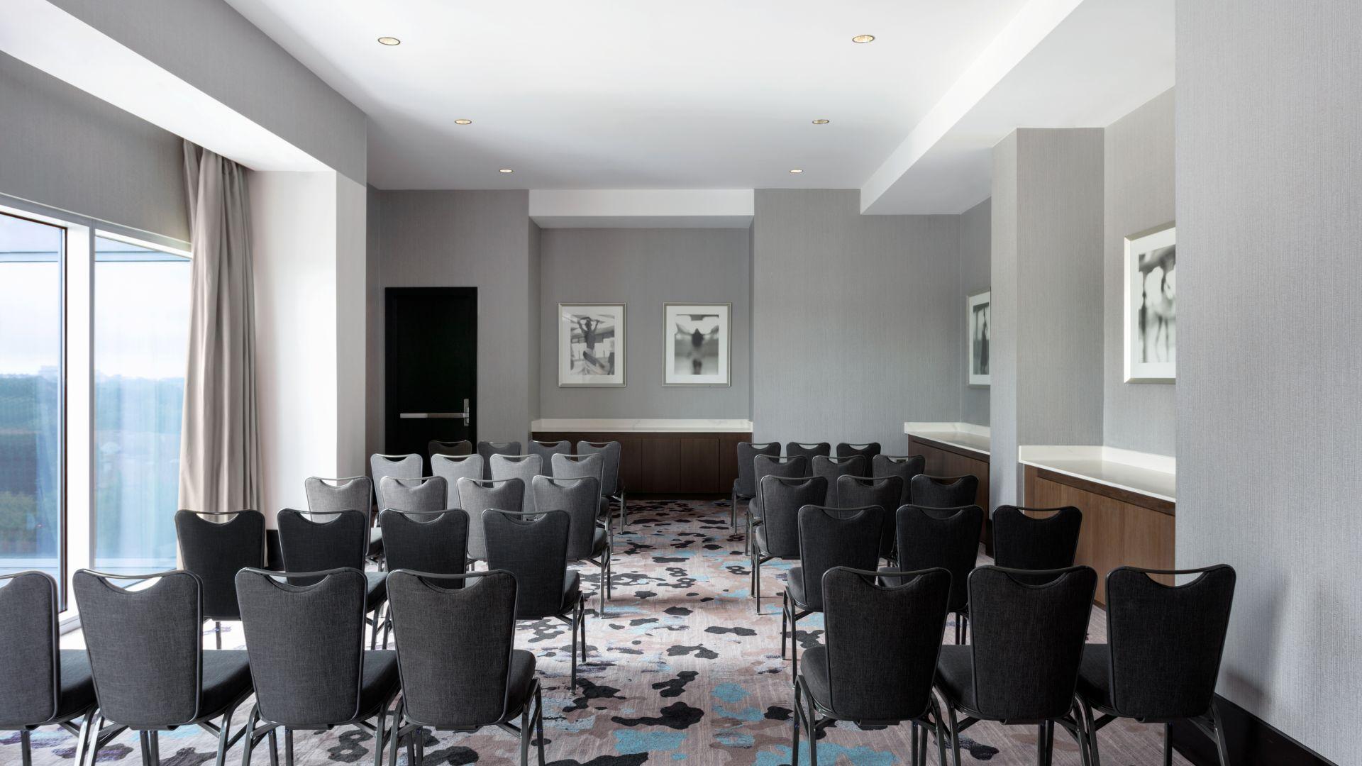 Ravinia meeting room