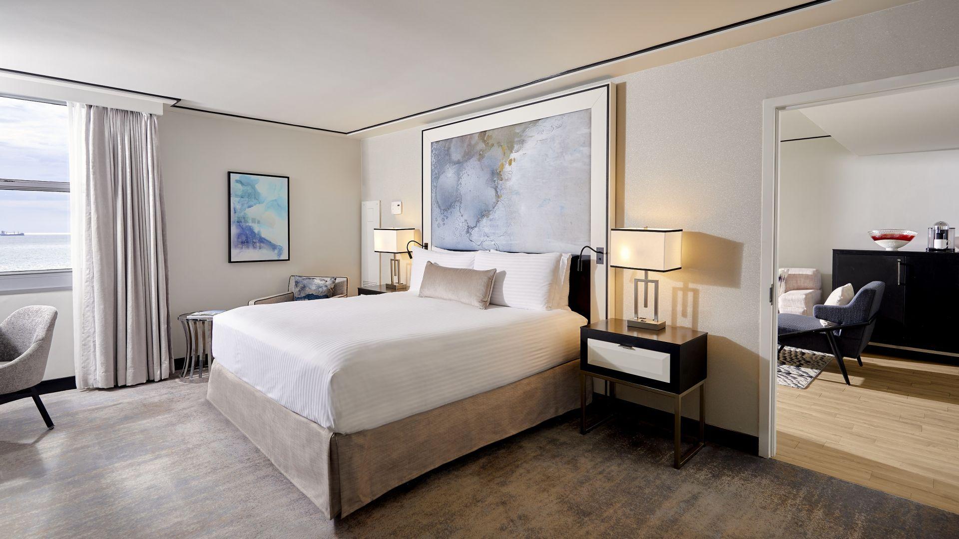 <strong>Angebot für eine Suite | Wenn Sie eine Suite buchen, erhalten Sie einen Rabatt von 125$ pro Tag</strong> | Um den Parkplatz müssen Sie sich keine Gedanken machen | Mehr erfahren