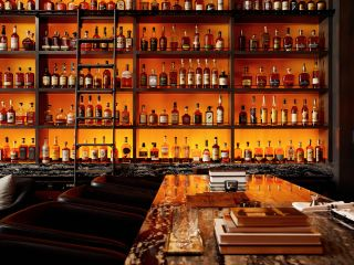 Live! by Loews - pared de whisky de St. Louis Whiskey