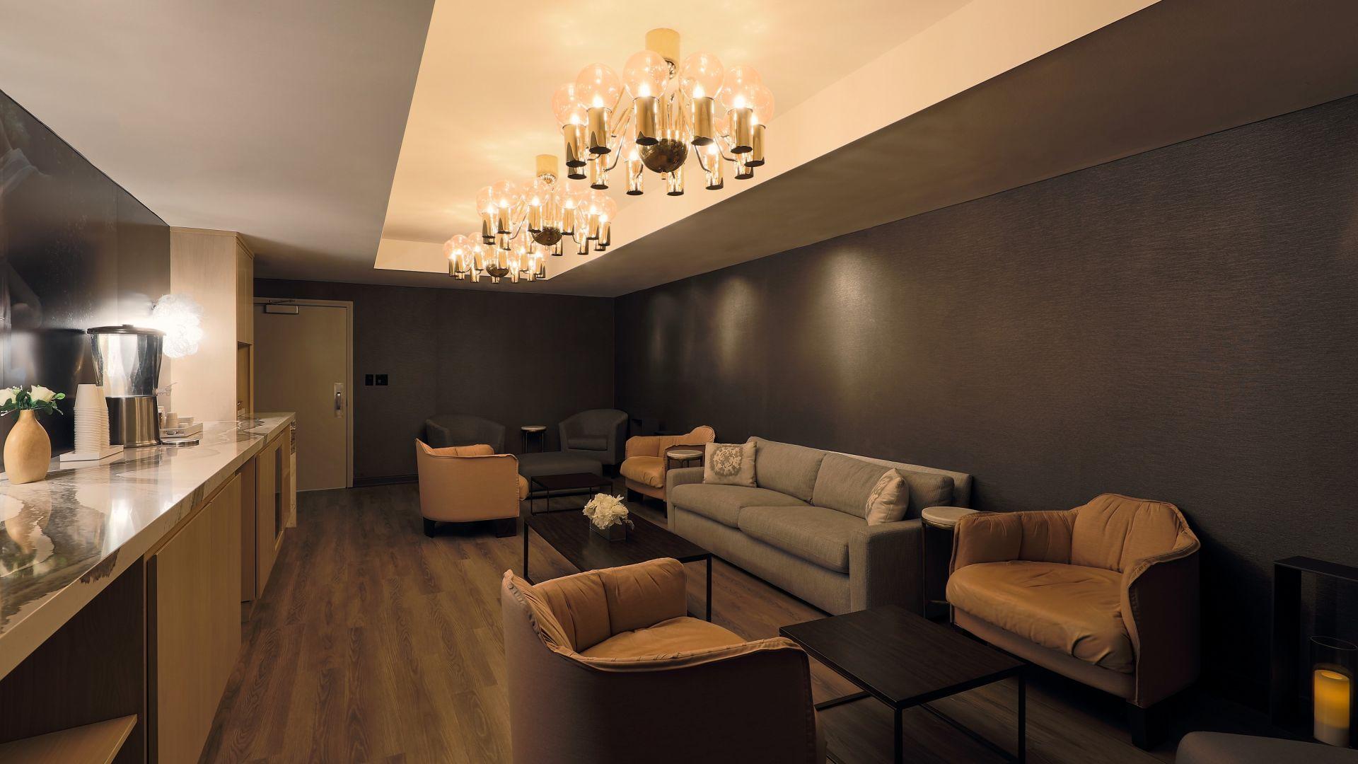 Ein großes Zimmer